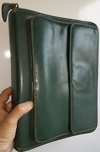 Franklin Covey Quest Green Classic Size Leather Zip Purse Binder