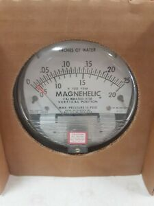 Dwyer Magnehelic Pressure Gauge 0 25 Inches Of Water