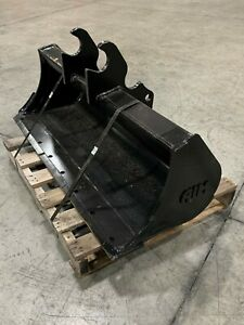 New 48 Ditch Cleaning Bucket For A Kubota Kx040
