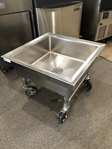New Stainless Mop Sink With Lockable Wheels 26 X 26