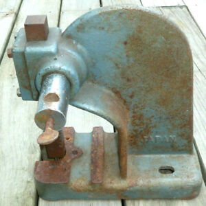 Vintage Arbor Press Machinist Tool Hand Crank 1 Ton Made In Japan