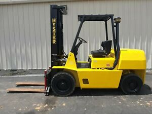 Hyster 8k Outdoor Forklift W two Stage Mast And Side Shift