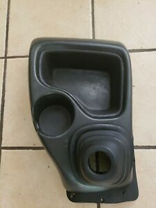 98 04 S10 5 Speed Floor Console Cup Holder Sonoma Gmc Graphite With Shift Boot