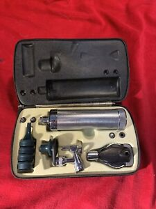 Welch Allyn Otoscope Opthalmoscope Diagnostic Set With Handle And Case