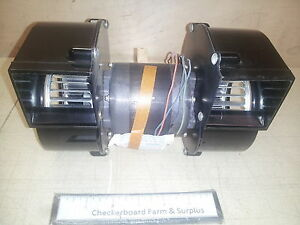 Nos Double Squirrel cage Fan 115v 3300 rpm 1 25 hp 1ph 725070 2 X 2 Openings