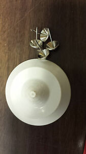 White Ufotags Checkpoint Frequency 8 2 Mhz With Pins Security Tags Usa Used