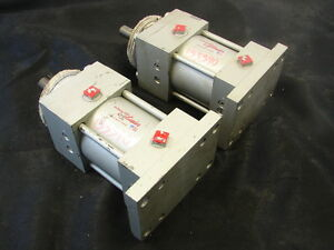 Milwaukee Cylinder 1230 32 24s 1x1 5 Pneumatic Cylinder 250psi lot Of 2 xlnt