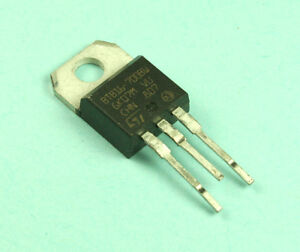 4pcs St Microelectronics Triac 16a 700v To 220 Btb16 700b