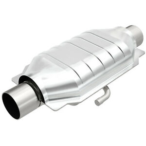 Magnaflow 94219 Oval Universal Catalytic Converter W 3 Inch In Out