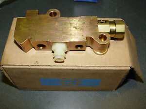 1978 1982 C3 Corvette Nos Brake Proportioning Valve Regulator Block Gm 1257208