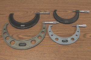 Lot Of 4 Micrometer Tools Mitutoyo Brown Sharpe 4 5 5 6 8 9 0001