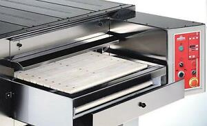 New Italforni Tsb Stone Conveyor Gas Pizza Oven Up To 850 Degrees