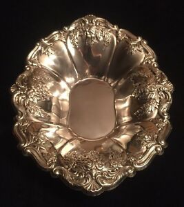 Vintage Large Fancy Repousse Silverplate Candy Serving Bon Bon Dish Bowl Towle