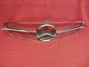 Mercedes benz 300sl Roadster Grille Assembly W198