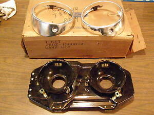 Nos Oem 1968 Ford Torino Headlight Door Kits Buckets Bezels Pair