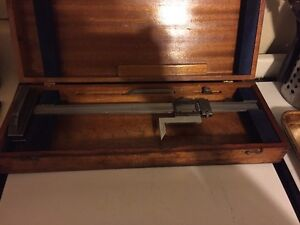 Brown Sharpe Height Gage 12 Model 586 With Wood Case Free Shipping