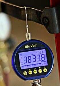 Accutools A10474 Bluvac Digital Vacuum Gauge 0 To 25 000 Micron Range