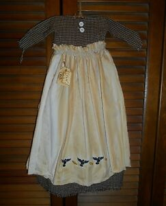 Primitive Wall Decor Dress Black Check W Apron Crows Corn Autumn Halloween