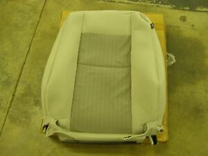 Nos Oem Ford 2007 Explorer Seat Cover Drivers Side 7l2z 7864417 Bb