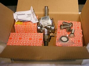 Danfoss 027g9617 Kit W Evrat 10 Solenoid Valve 032f6214 See Pictures New In Box