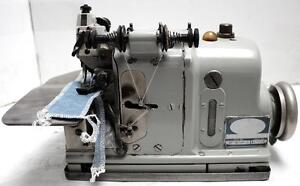 Merrow M 3dw 3 thread Overlock Serger Industrial Sewing Machine Head Only