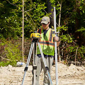 Spectra Geospatial Ll100n Laser Level Package