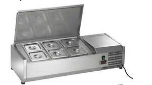 Arctic Air Acp40 6 pan 40 Counter top Refrigerated Prep Station Topping Rail