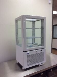 Alamo Sc58 2 05cf 17 4 sided Glass Refrigerated Countertop Display Case New