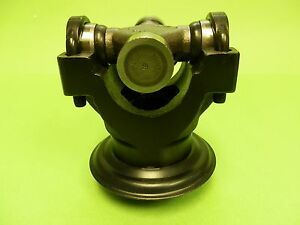Ford 9 Inch 28 Spline Cleveland 1330 Short Wide Yoke With U Bolts And U Joint