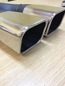 Stainless Steel Dual 3 X 2 5 Outlet Single 2 5 Inlet Slant Cut Exhaust Tip