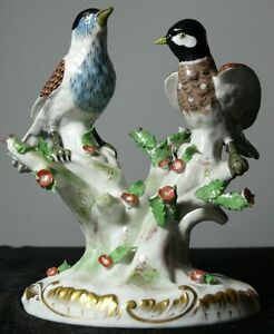 Antique French Porcelain Rue Fontaine Au Roi Pair Of Birds
