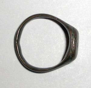 Ancient Roman Empire 1st 3rd C Ad Bronze Ring