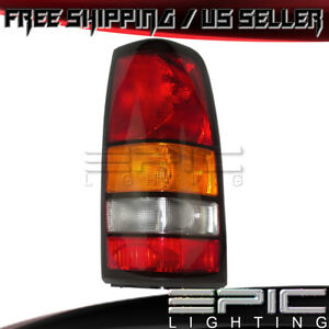 2004 2007 Gmc Sierra 1500 2500 3500 Rear Brake Tail Light Right Passenger Rh
