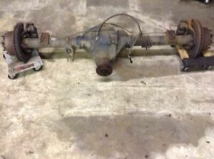 3 73 Ratio Limited Slip Rear Axle Assembly Id V445m Fits 05 06 07 Ford F250 F350