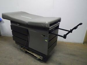Midmark ritter 105 Power Vertical Rise And Back Medical Exam Table 3 Available