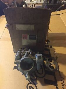 Ih International Harvester Truck Carb New Old Stock 338305r93