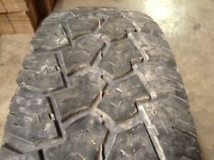 Used Radial R T Trailcutter Off Road Tire Lt 235 85 16 8 32 Tread Depth