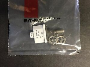 Eaton Cutler Hammer 8500k7 Ms24523 28 Toggle Switch