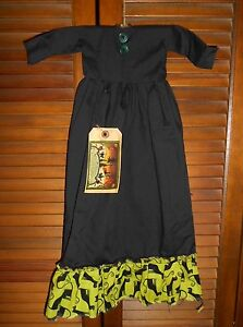 Primitive Wall Dress Halloween Black Witch Lime Black Cat Grungy Decor Cupboard