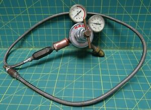 Harris 25 15 Compressed Gas Regulator With Two Gauges And 4 Foot Long Hose