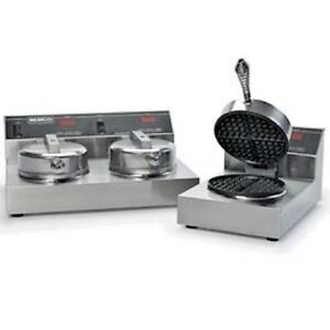 New Dual Waffle Baker With Silverstone 240 Volt