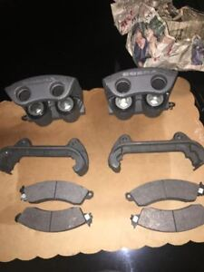 Ford Mustang Cobra 94 97 Brake Calipers Pads And Rotors nos