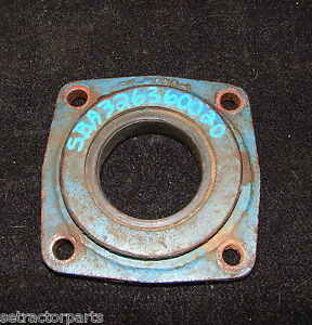 Sba326360020 Ford New Holland 1700 Rear Axle Retainer