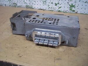 1959 Pontiac Radio Am Push Button Model 988976 Bonneville Catalina