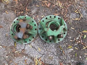 1966 Oliver 1550 Gas Farm Tractor Rear Axle Hubs Duals Free Shipping