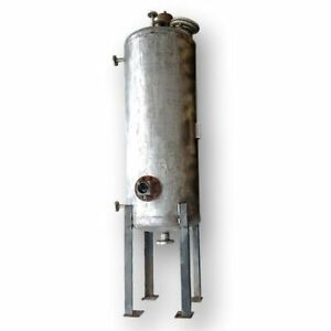Used 200 Gallon Stainless Steel Liquid Tank