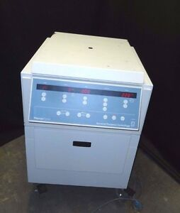 Thermo Forma General Purpose Refrigerated Centrifuge 5688 gp8rf W Buckets