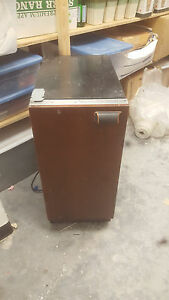 Summit Bim44g 15 Stainless Steel Commercial Ice Maker 709 Great Condition