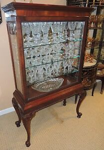 Queen Anne Style Curio China Display Cabinet Mahogany Glass Sliding Front Door
