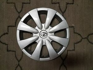 1 Brand New 08 09 10 11 12 13 Corolla Hubcap 15 Wheel Cover Chrome Emblem 61147